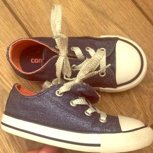 Girl converse - toddler size 8 - blue sparkle